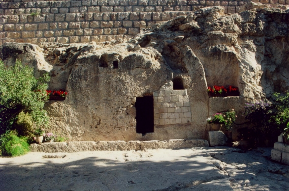 The Garden Tomb in Jerusalem (source: wikipedia)